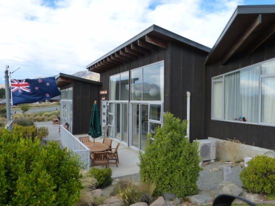 Three Rivers Lodge