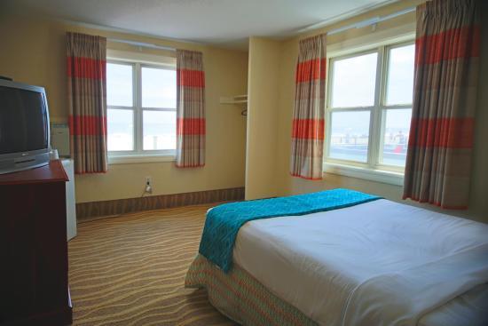 Plim Plaza Hotel: Comfortable accommodations