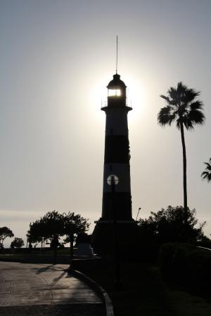 El Farolito Hotel: Lighthouse at Mira Flores Beach