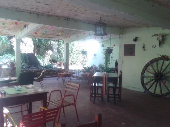 Los Hornillos, Argentina: Bar al aire libre
