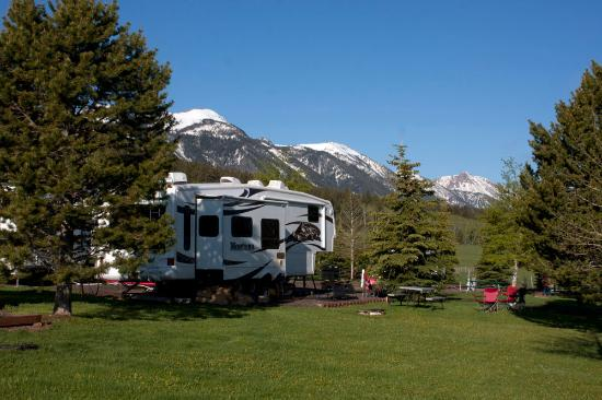 Island Park, ID: Large Lots, Mountain Views