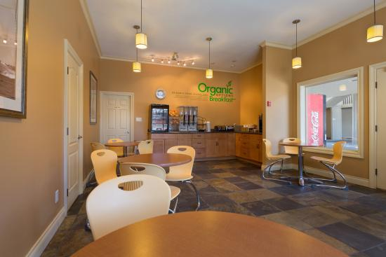 Kelowna Inn & Suites: Organic Options breakfast