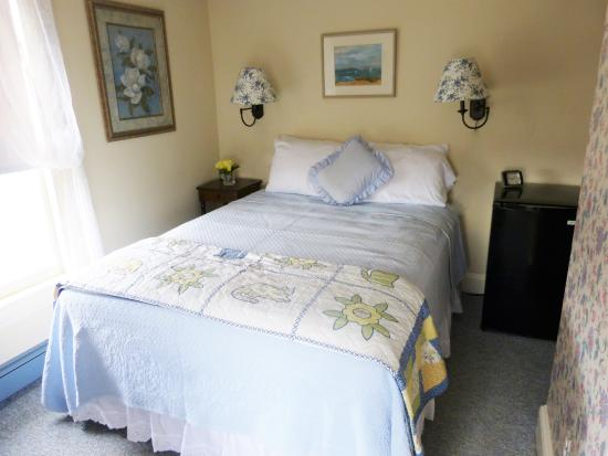 Villa Park House: The Family Suite - Third Floor, Two Bedrooms, One Bath - Queen Bed in First Bedroom