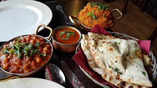 Channa masala palak paneer with boiled rice picture of - Kashmir indian cuisine ...