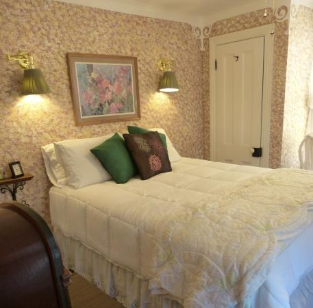 Villa Park House: Impressionist - Room 11, Third Floor, Queen Bed