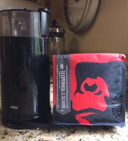 Gorilla Coffee: La Esperanza, El Salvador Beans - WONDERFUL!
