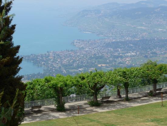 Ко, Швейцария: Blick nach Montreux