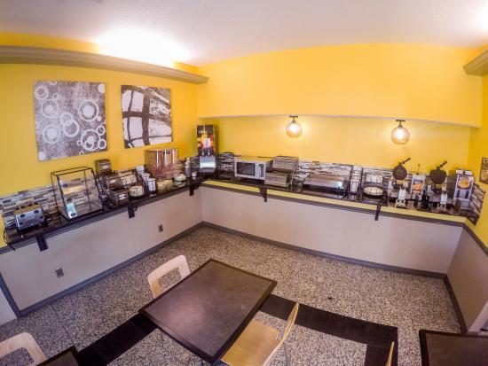 BEST WESTERN West Monroe Inn : Breakfast