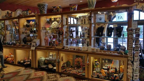 La Posada Hotel: Inside gift shop