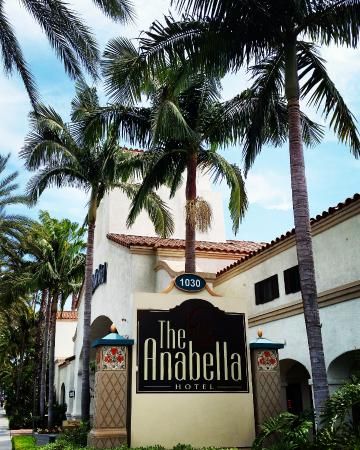 Tangerine Grill: The Anabella Hotel entrance. Off W. Katella Ave.
