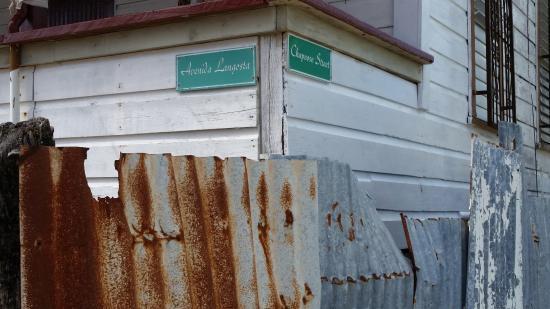 Sandy Lane Guest House & Cabanas: Cross streets