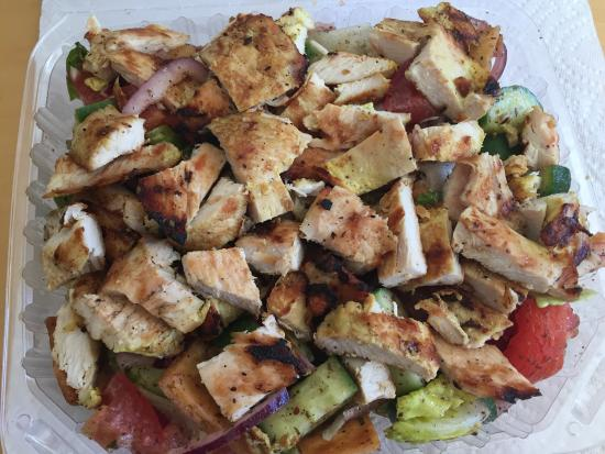 Torrance, CA: Fatoush salad with chicken .... Yummy