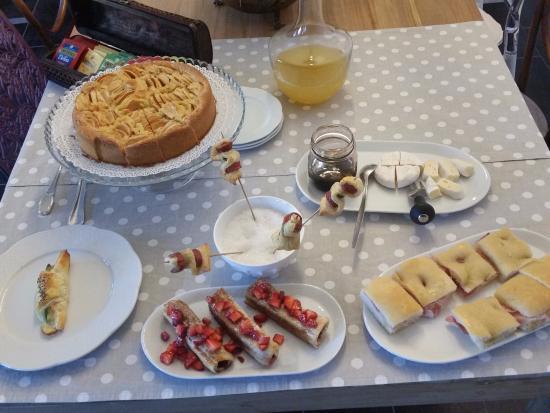 Priocca, Italien: Unser Morgenessen am nächsten Tag