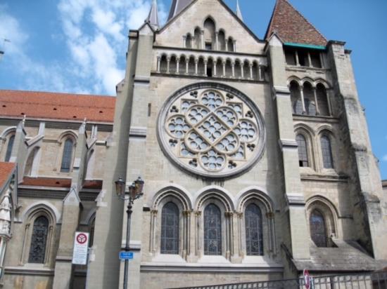 Foto Katedral Lausanne