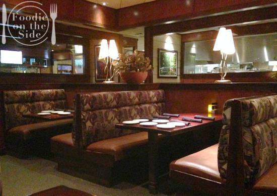 Stonewood Grill & Tavern: Interior