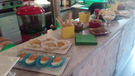 Thais Bar Caffe