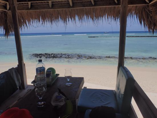 Coral Beach Bungalows : Coral Beach Gili Trawangan February 2016