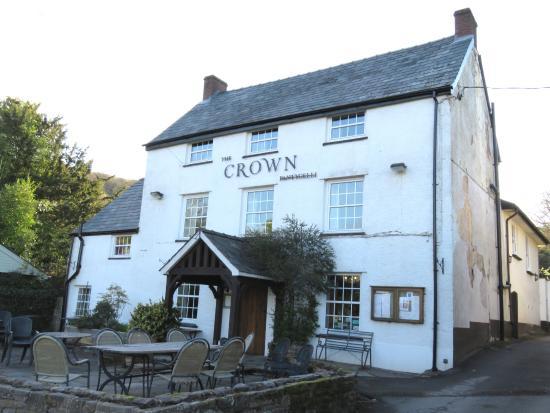 The Crown Pub - Pantygelli (27/Apr/16).