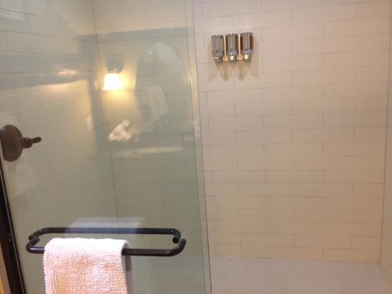Salisbury Mills, Estado de Nueva York: Grand shower!
