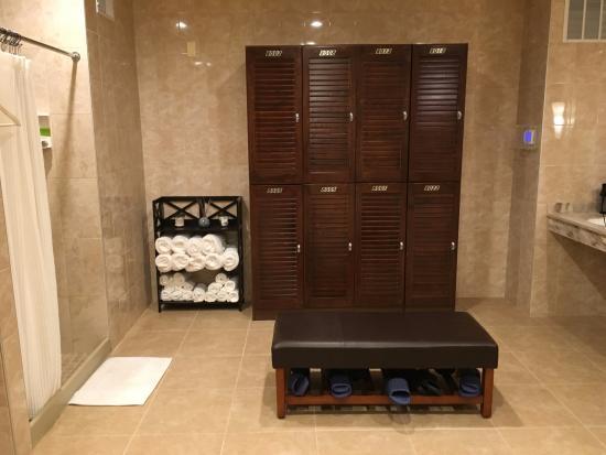 Fairport, État de New York : Changing Room Lockers