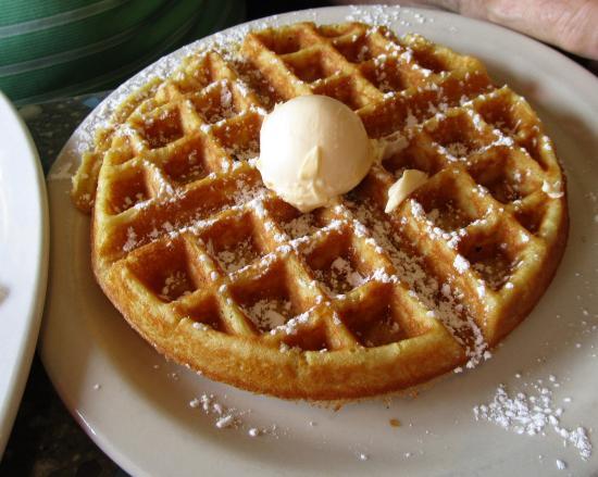 Midlothian, VA: Belgian Waffle & Eggs Breakfast