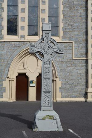 Kenmare, İrlanda: Holy Cross Church