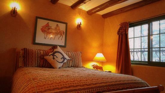 Cascade, Κολοράντο: Ponderosa Pine Suite at Adobe Inn