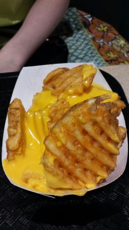 Champaign, IL: Campus Burgers