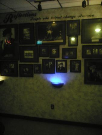 B52  Smokehouse Bbq & Lounge