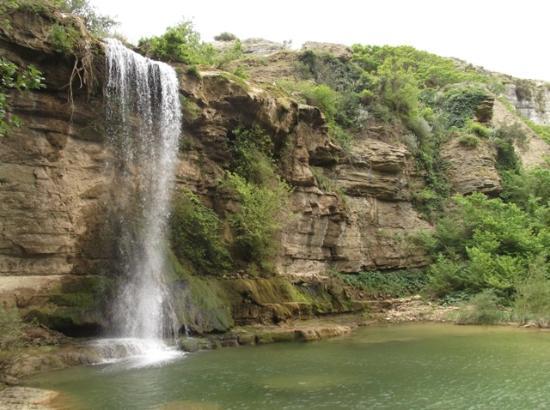 Cascata delle Due Rocche