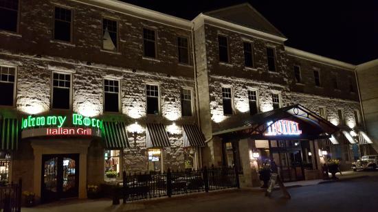 Johnny Roccos St Catharines Hotel