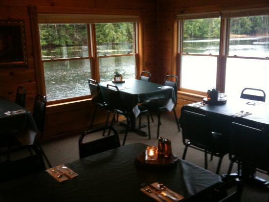 Chestertown, NY: Waterfront Dining
