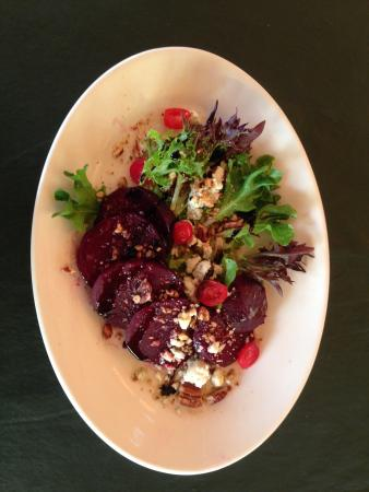 Chestertown, Nova York: Local Roasted Beet Salad