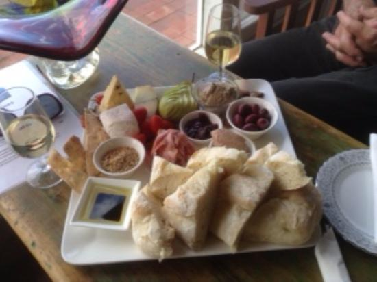 South Australia, Australien: beautiful platter all sourced locally