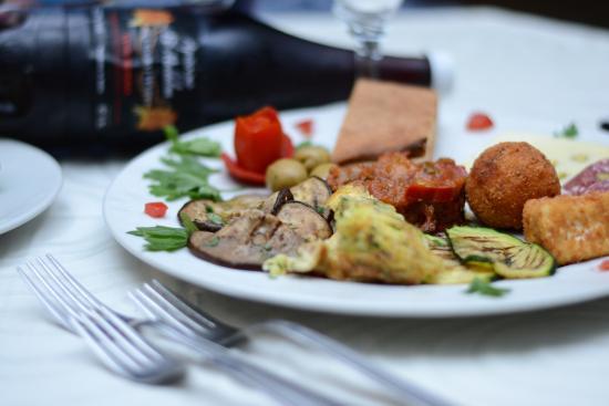 Agriturismo La Maddalena : ottima cucina tipica