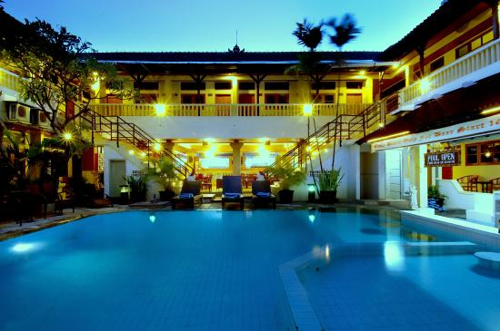 Photo of Rosani Hotel Legian