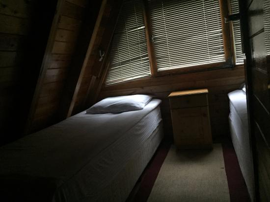 Malina Village: This was the other bedroom, with 2 single beds.
