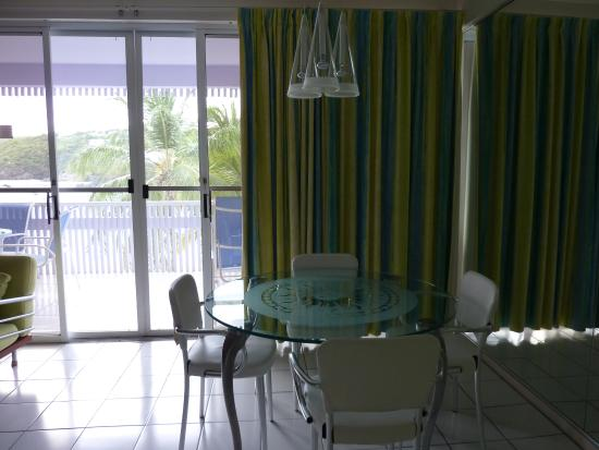 Benner, St. Thomas: the amazing lamp at beachfront suite 421