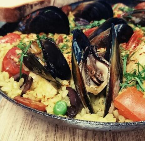 Mornington, Australia: Paella