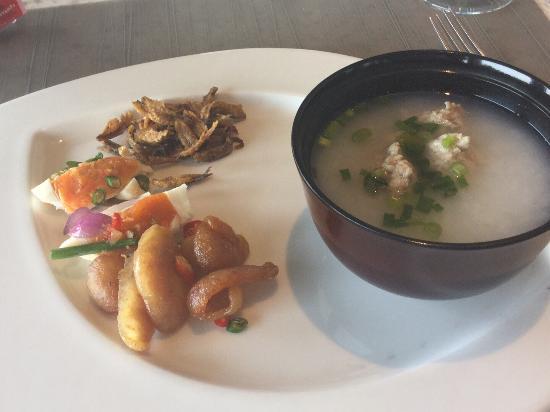 The Westin Siray Bay Resort & Spa Phuket: Traditional Thai breakfast