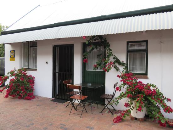 Fynbos Villa Guest House: Standard Family Unit External View
