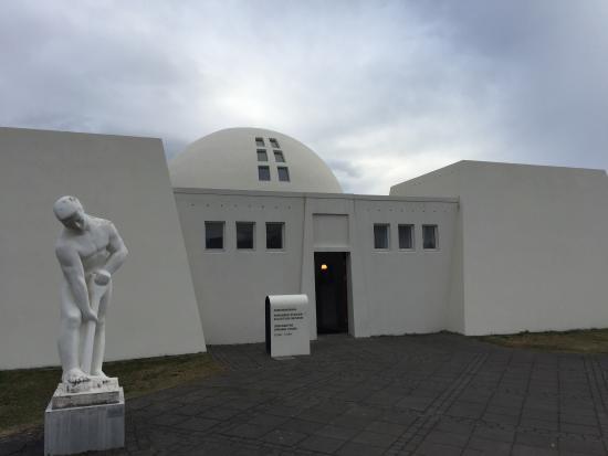 Reykjavik Art Museum - Asmundarsafn: photo7.jpg