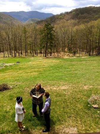 Cabins, Virginia Occidental: Our wedding ceremony