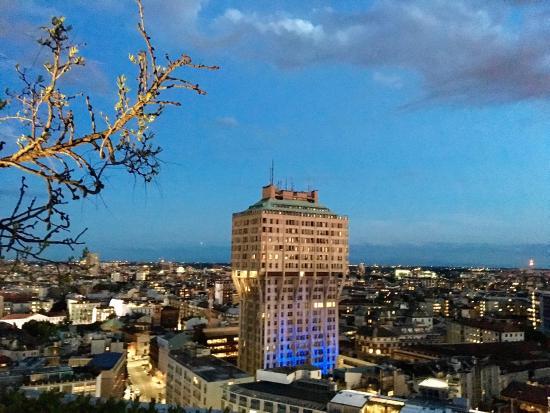 Stunning Milano Terrazza Martini Pictures - Idee Arredamento Casa ...