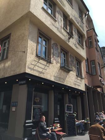 Kaffeehaus Stippe: Stippe mit Terrasse davor