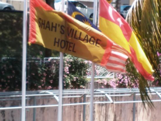 Shah's Village Hotel Foto