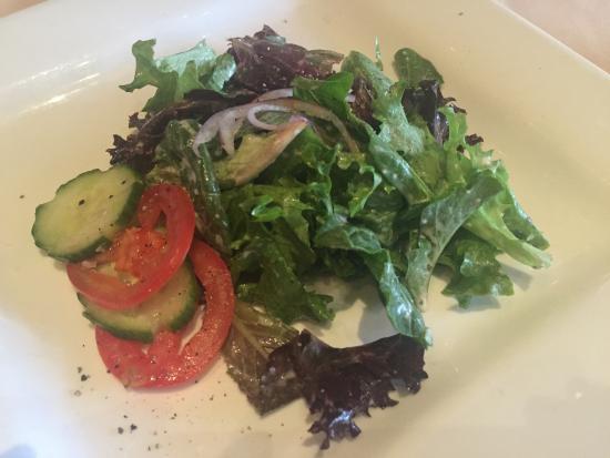 Woodfire Grille at Diamond Jo Casino: Salad