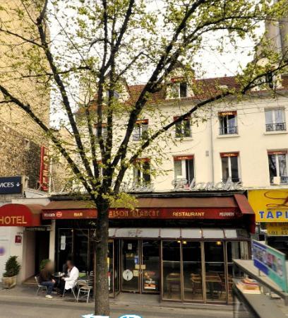 Photo of Hotel La Maison Blanche Paris