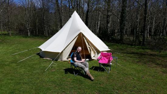 Book Motorhome Campsites & Campervan Sites in Ashbourne