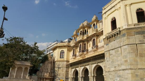 Bagore Ki Haveli Museum